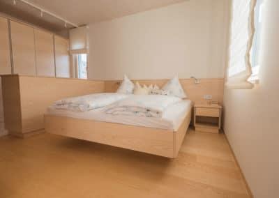 moebeltischlerei-schlafzimmer-holzbau-gasser-1