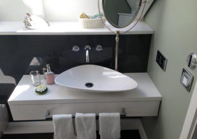moebeltischlerei-badezimmer-holzbau-gasser-4