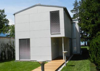 Haus-mit-Eternitfassade-1